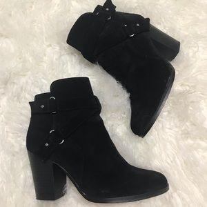 Gianni Bini Black Suede Booties Size 7